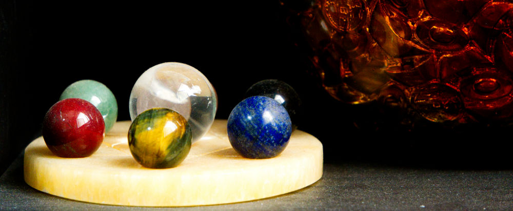 Use of Crystal Balls in Feng Shui Placement and Color Meaning